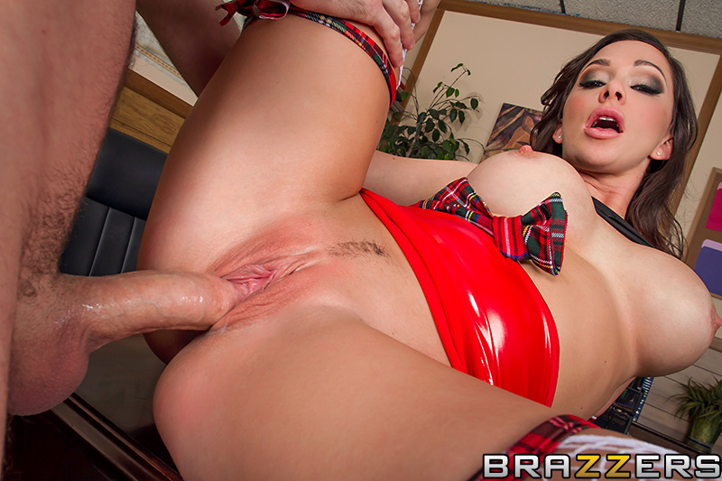 brazzers_pics_destiny_dixon_big_tits_at_school_9