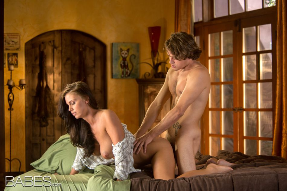 babes.com_pics_whitney_westgate_happy_to_see_you_12