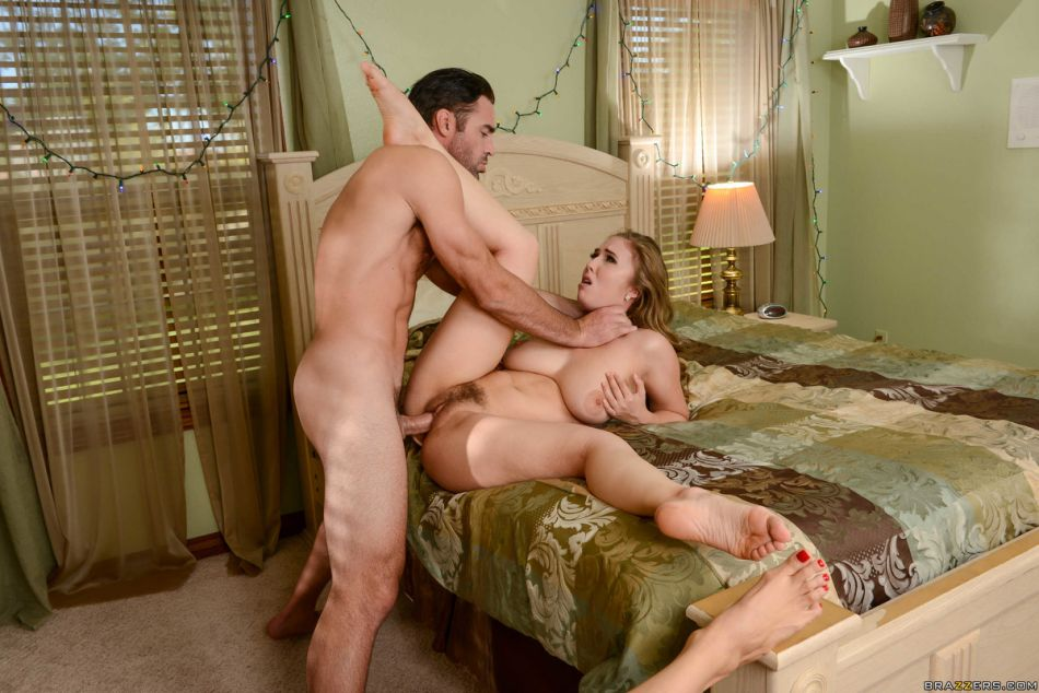 brazzers_pics_christmas_special_7