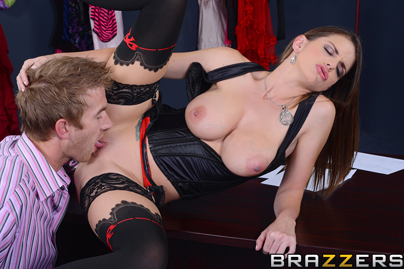 brazzers_pics_brooklyn_chase_13